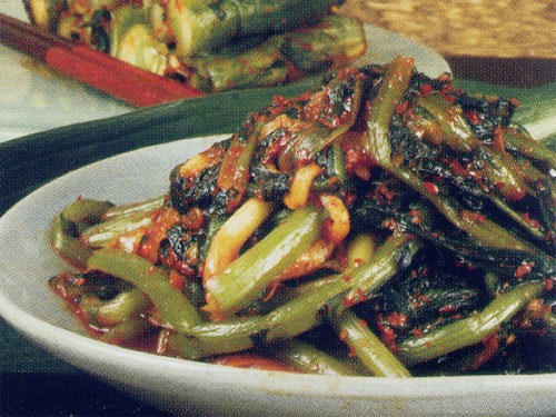 Authentic traditional Korean Kimchi (green vegetables) (shop fut